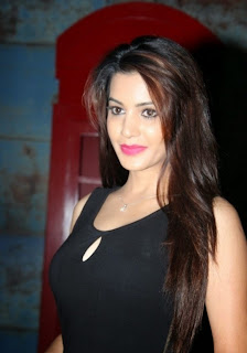 Deeksha Panth  Pictures 006.jpg