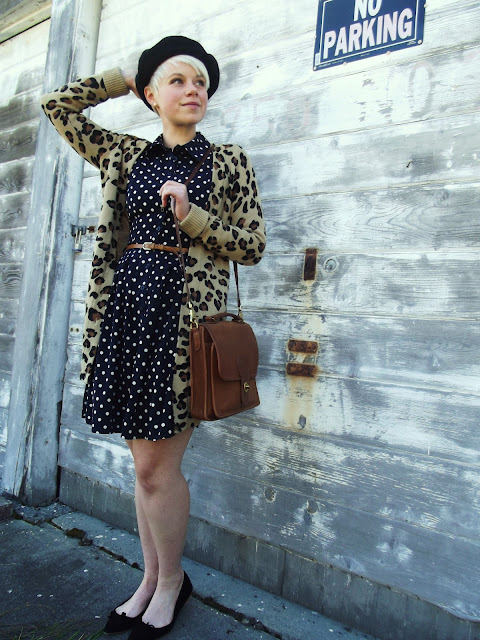 Fleur d'Elise, pattern mixing, leopard print, polka dots, fall trends, beret, in style