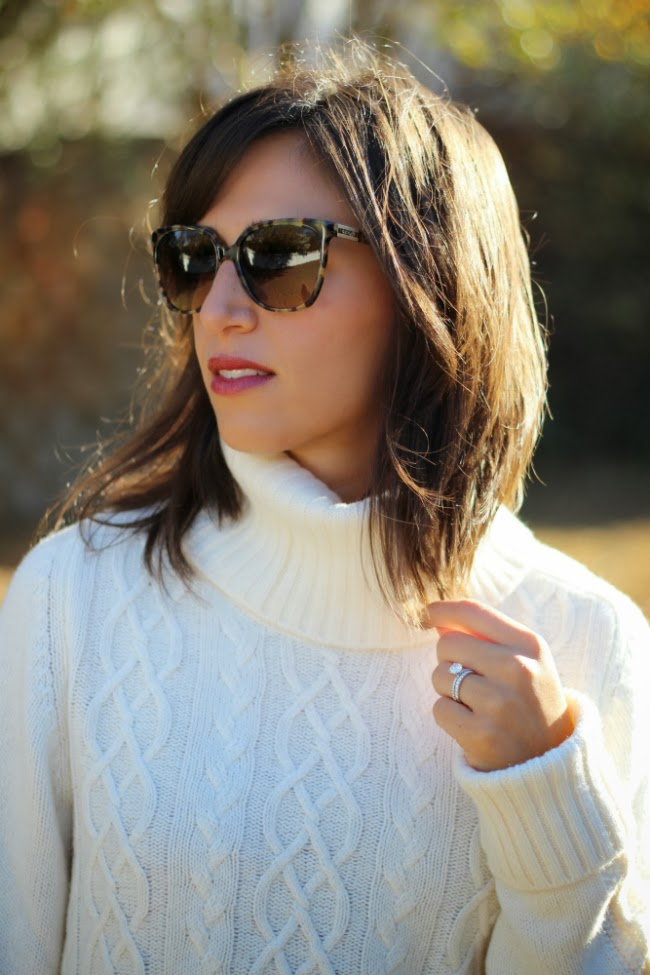Trusty Gap Turtleneck sweater