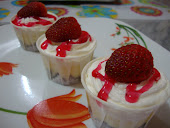 Strawberry Cheese Cuppies
