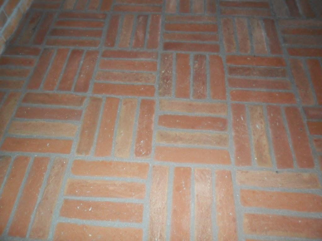 Rusztikus padlóburkolat