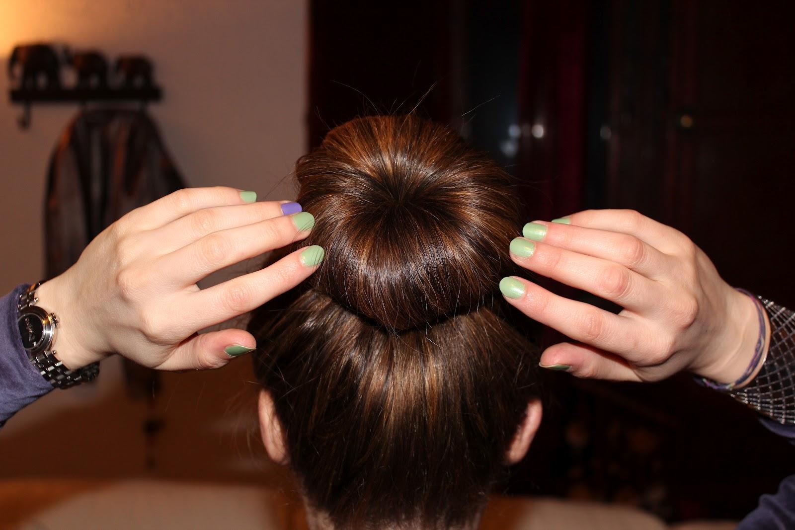 Как сделать красивый пучок из волос на голове за 5 минут: идеи 96