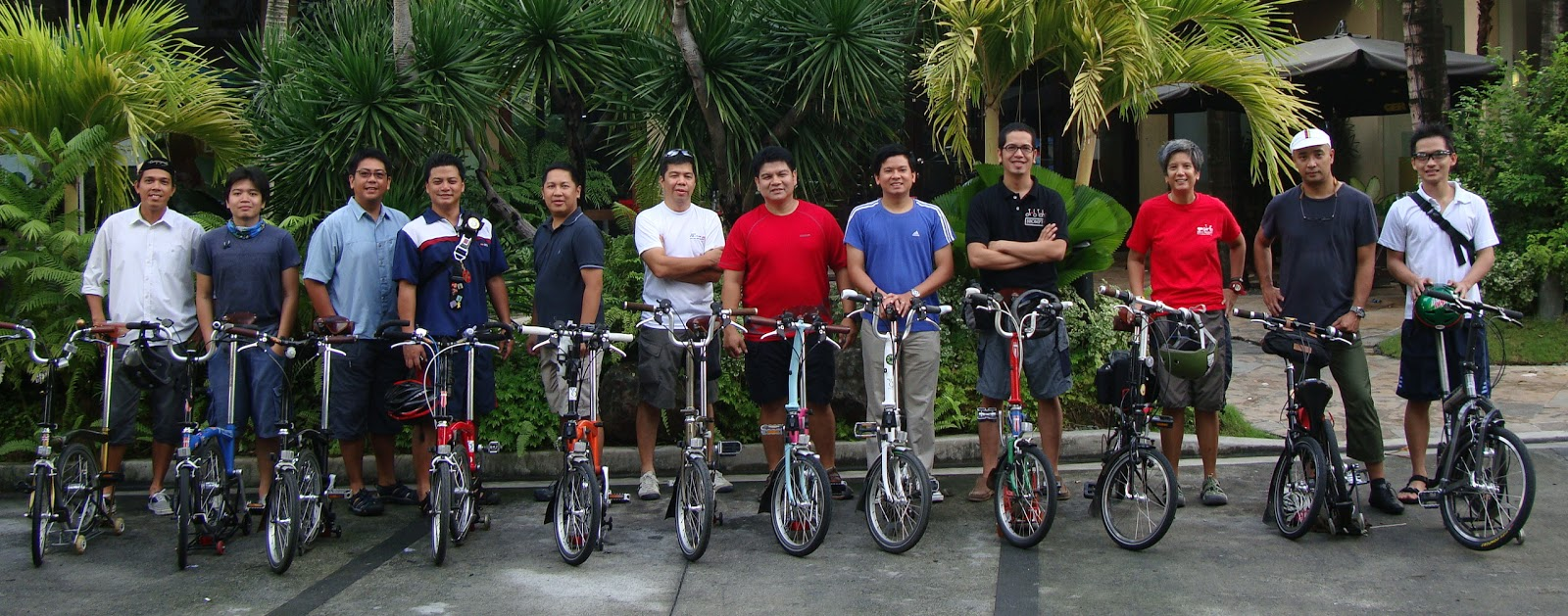 riding a folding bike around manila brompton club of the philippines