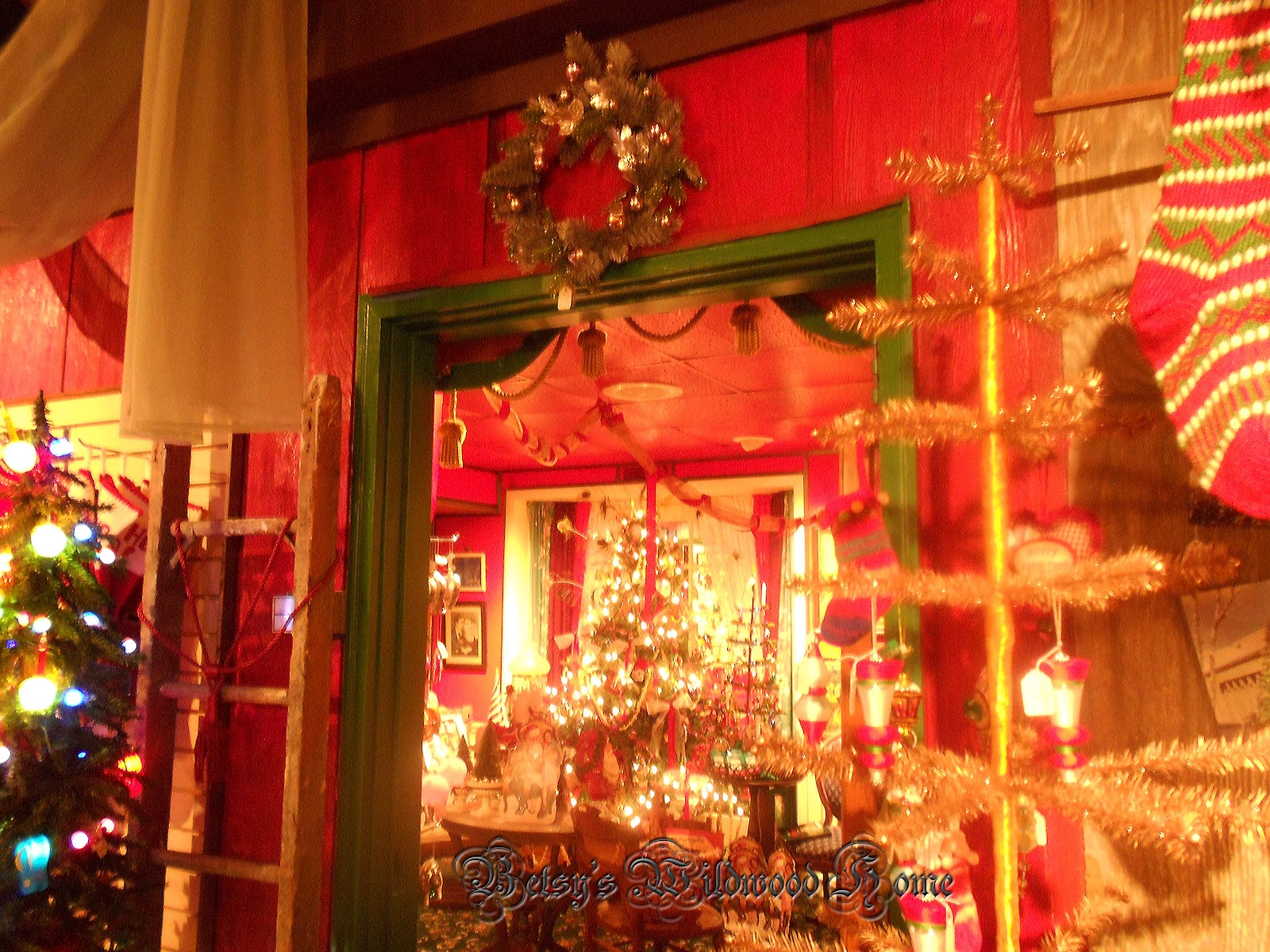 Wildwood Christmas: Christmas shop pictures