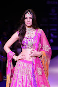 Kriti Sanon Latest Pictures at IIJW 2015-thumbnail-16