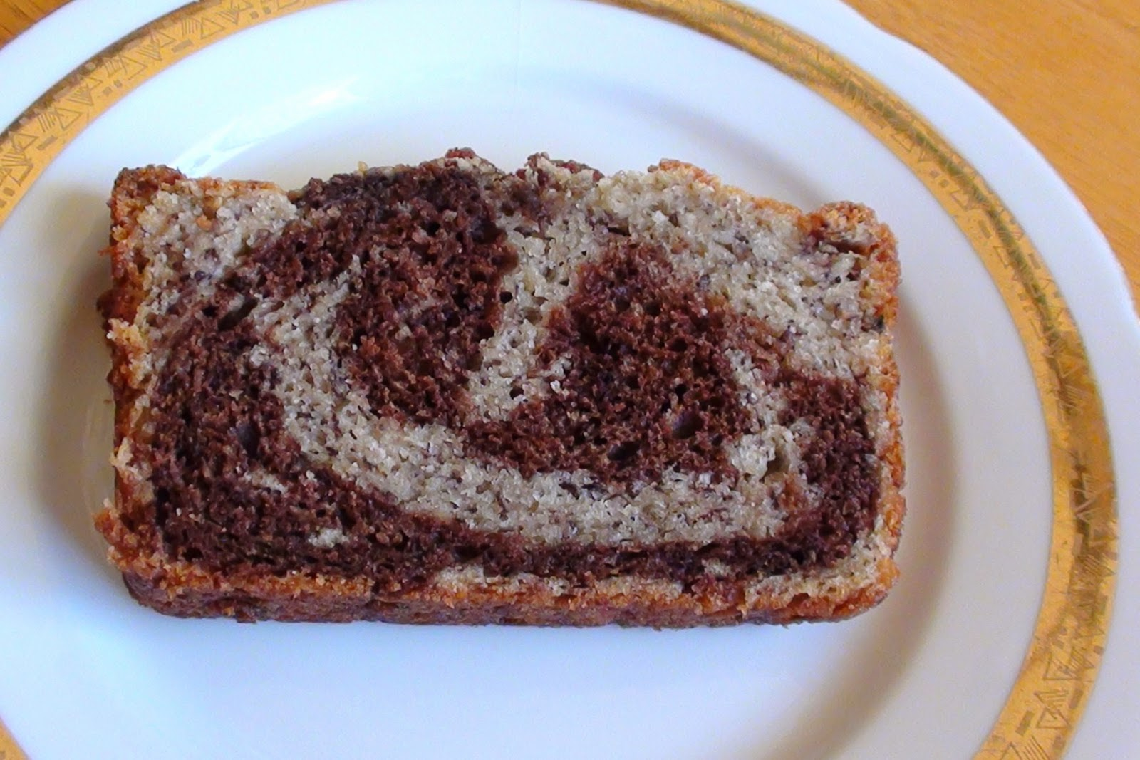 zsuzsa is in the kitchen: CHOCOLATE SWIRL BANANA BREAD
