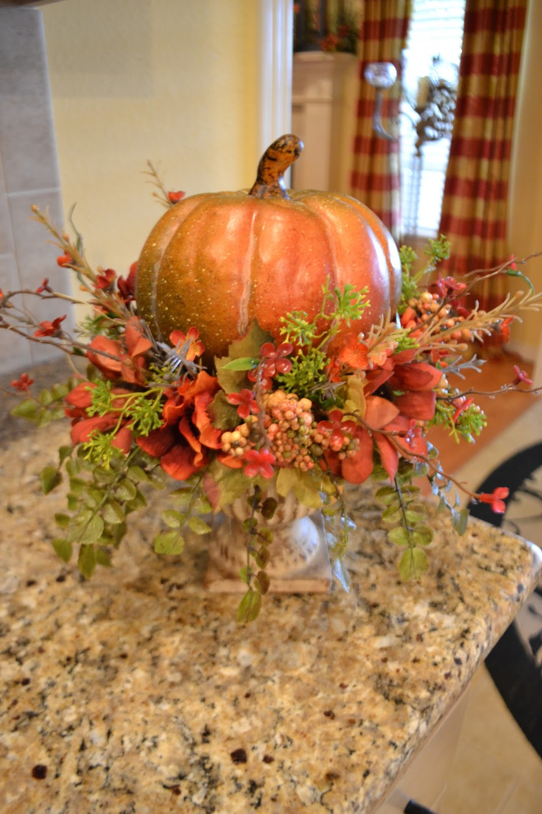 Decorating for fall on pinterest fabric pumpkins fall for Autumn decoration