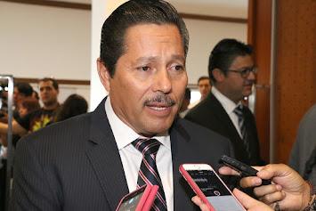 RICARDO GALLARDO TAMBIÉN HARÁ LIMPIA EN COMERCIO.