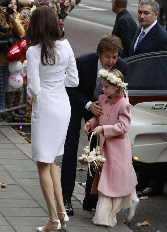 Was Only One Car He Would Pick To Take Him And His Bride The Westminster Register Office Sir Pauls Daughter Beatrice Served As Their Flower Girl