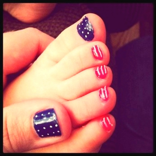 Wear A Patriotic Pedicure This 4th Of July Everything About Fashion Today