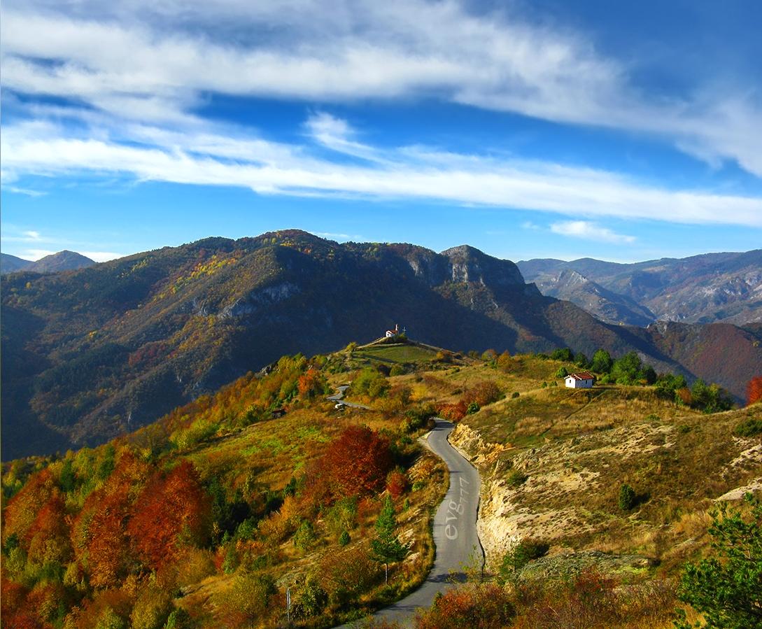 Beautiful Eastern Europe: Christ chapel Rhodope mountains ...