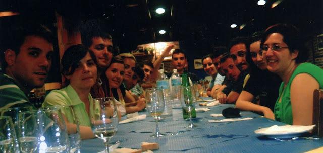 cena amigos descenso sella rio asturias canoa
