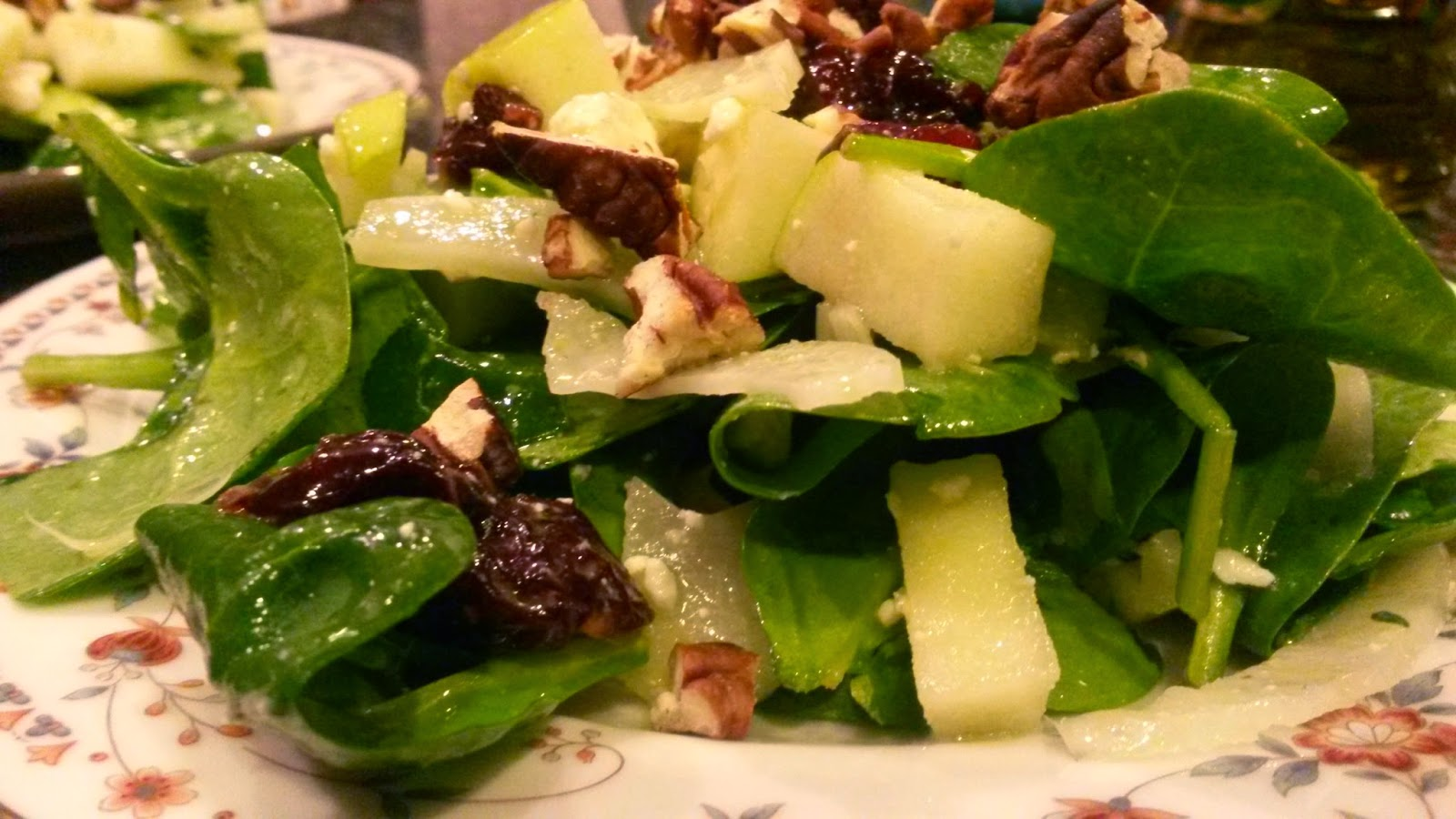 The Delightful Fennel Apple Spinach Salad with Blue Cheese, Cherries and Pecans