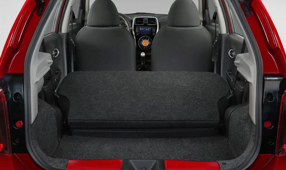 Interiores Nissan March 2014
