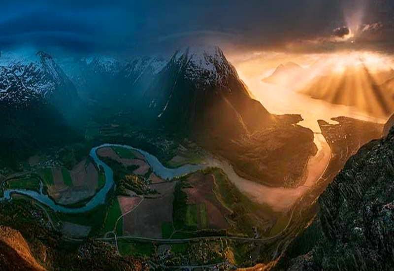 Panorama-Alam-Pegunungan-4