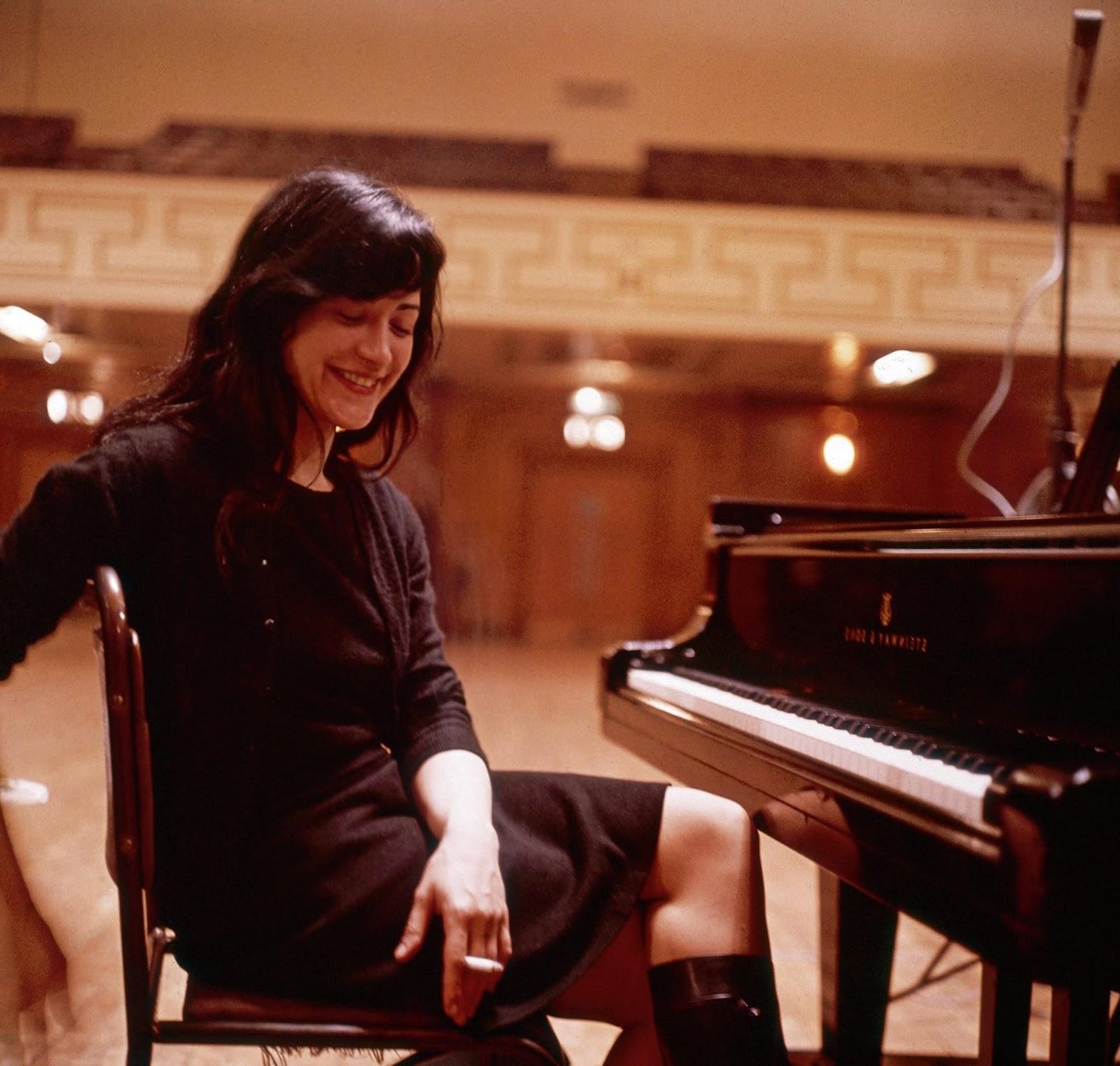 Mono and Stereo High-End Audio Magazine: Martha Argerich ...