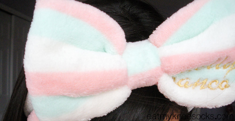 The bow headband from Love Shoppingholics is cute and innocent; a unique hair accessory!
