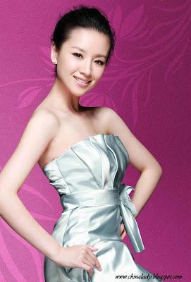 http://4.bp.blogspot.com/-mWrgIvu6ZOw/T9gLqzbJuuI/AAAAAAAAYqs/xTr9sWXQkFo/s1600/Dong+Jie+-+Cute+Chinese+actress+(4).jpg