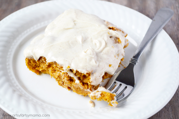 3 Ingredient Pumpkin Cake with Cinnamon Cream Cheese Frosting #SnackandSmile