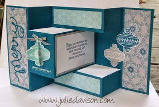 http://juliedavison.blogspot.com/2013/10/video-tri-shutter-card-tutorial.html