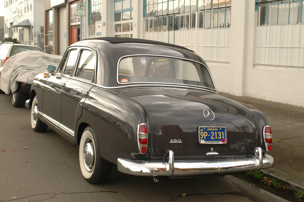Old parked cars 1960 mercedes benz 190 for 1960 mercedes benz