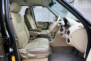 new tata safari storme front seating