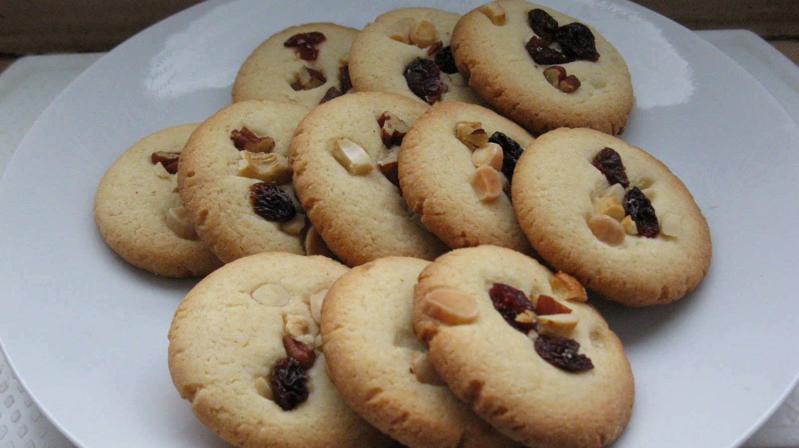 Welcome to Prameela's Kitchen: Mixed Dry Fruit and Nut ...