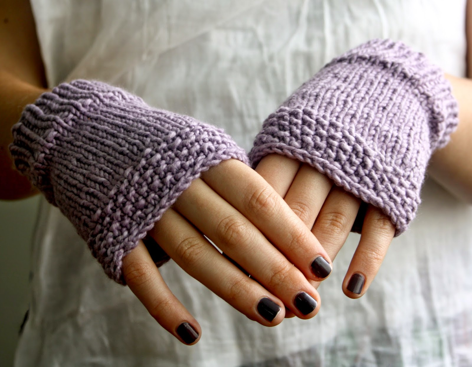 https://www.etsy.com/au/listing/184363231/organic-cotton-fingerless-gloves-handkit?ref=shop_home_active_6