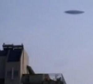 Los extraterrestres caminan entre nosotros China_UFO