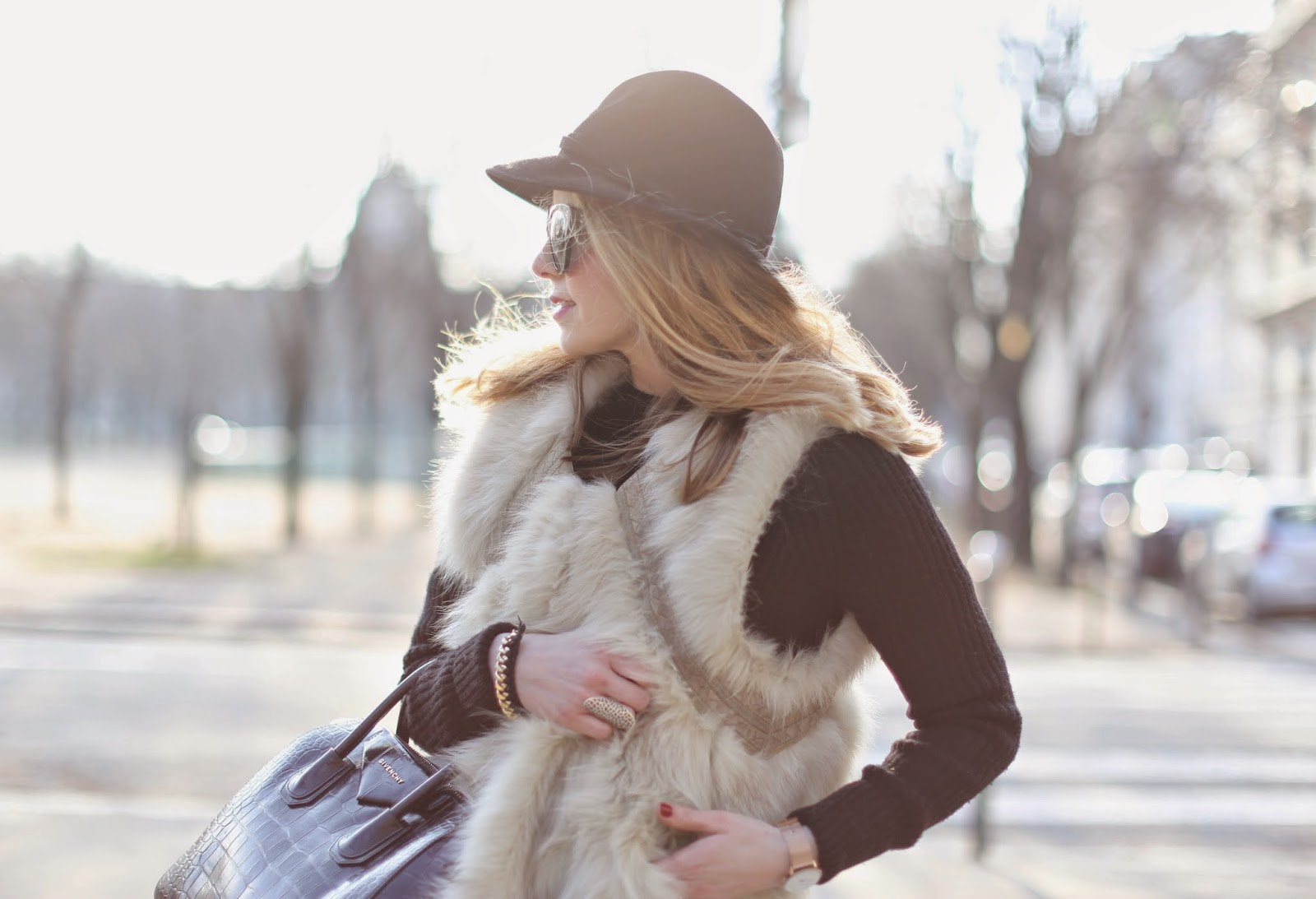 pardonmyobsession, fur, maje, chanel, frame denim, hat, givenchy, streetstyle, fashion blogger