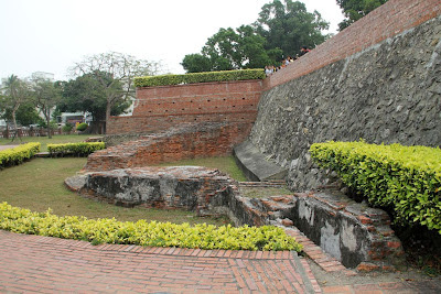 安平古堡(内城半円堡遺跡)