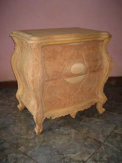 furniture klasik bedside nakas ukir racoco bombay mahoni mentah supplier nakas ukir jepara nakas klasik ukir