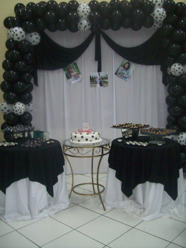 Preferência meus 15 anos: festa 15 anos preto e branco MJ45