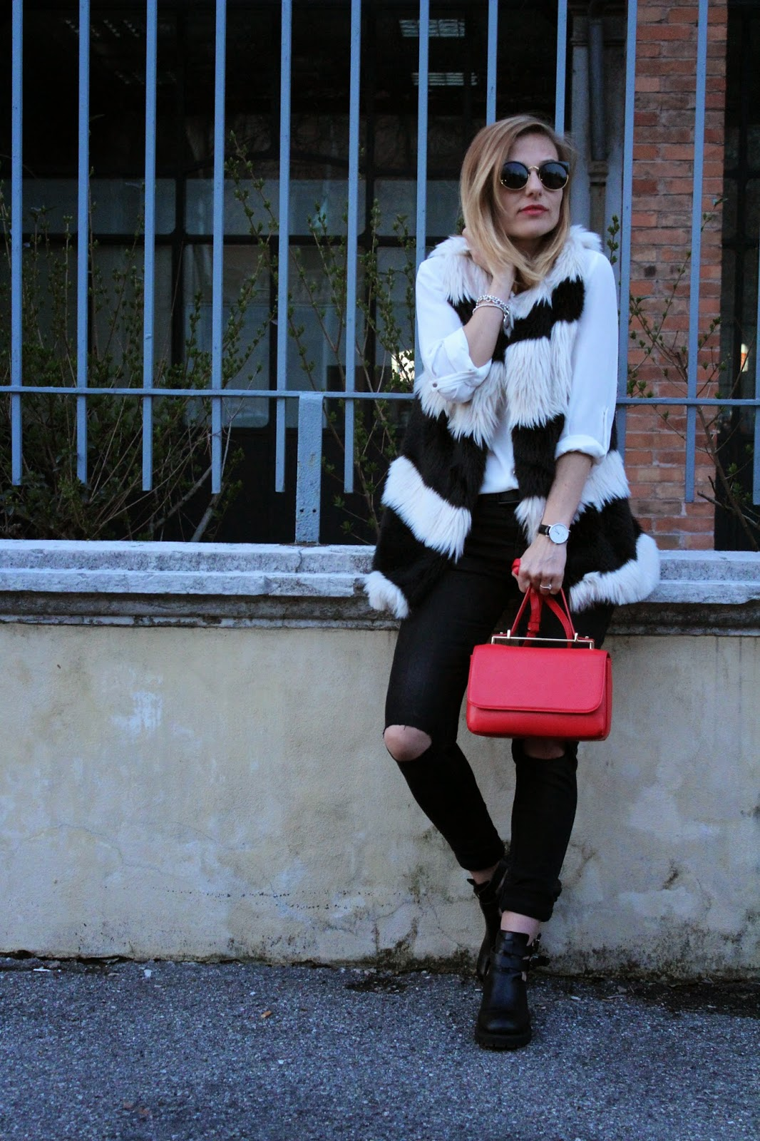 Eniwhere Fashion - Outfit Vinitaly 2015 - Faux fux black and white