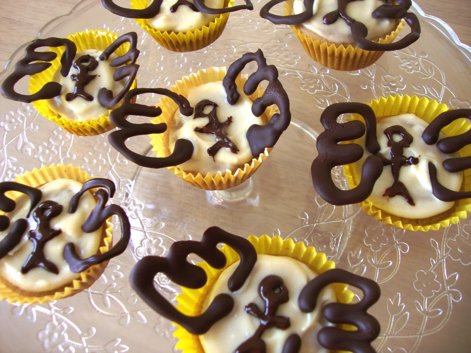 Catholic cuisine st matthew winged cupcakes a symbol for st matthew is a winged man or angel some link it to the geneology at the beginning of his gospel while others to the angel that appeared to biocorpaavc