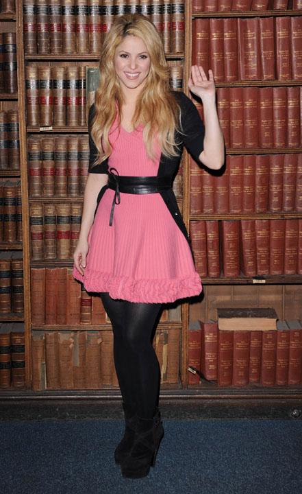 Vestidos rosas con medias negras