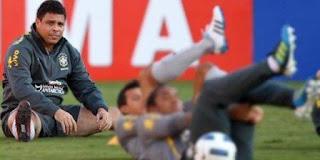 Ronaldo Sarankan Neymar Tinggalkan Brasil