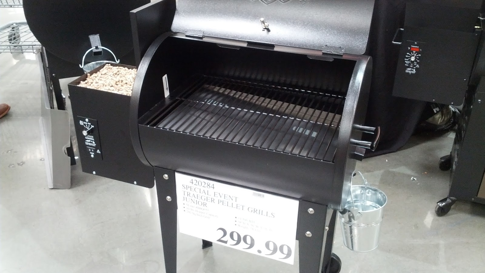 Traeger Pellet Grill Junior Model No Bbq055 At Costco