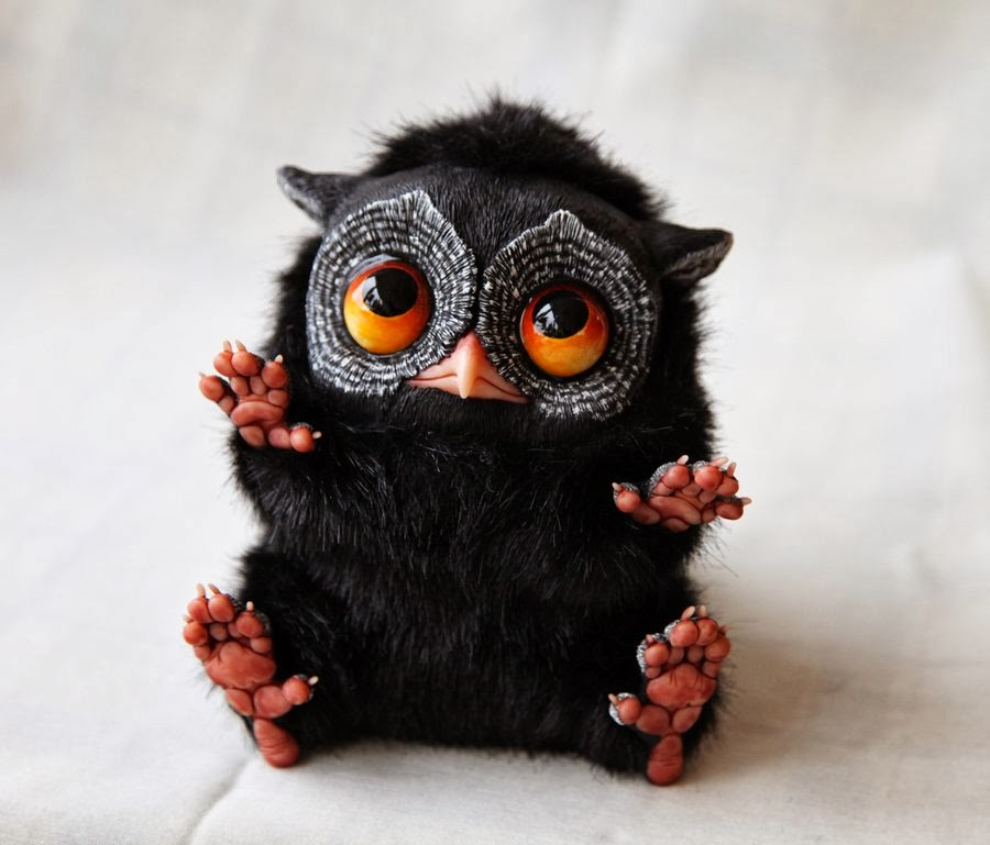 19-Tiny-Black-Tiny-Griffins-Santani-www-designstack-co