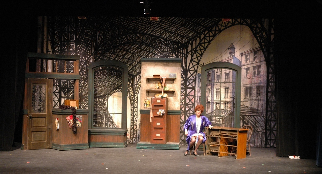 Lance Cardinal Creative Blog: ANNIE - SET DESIGN