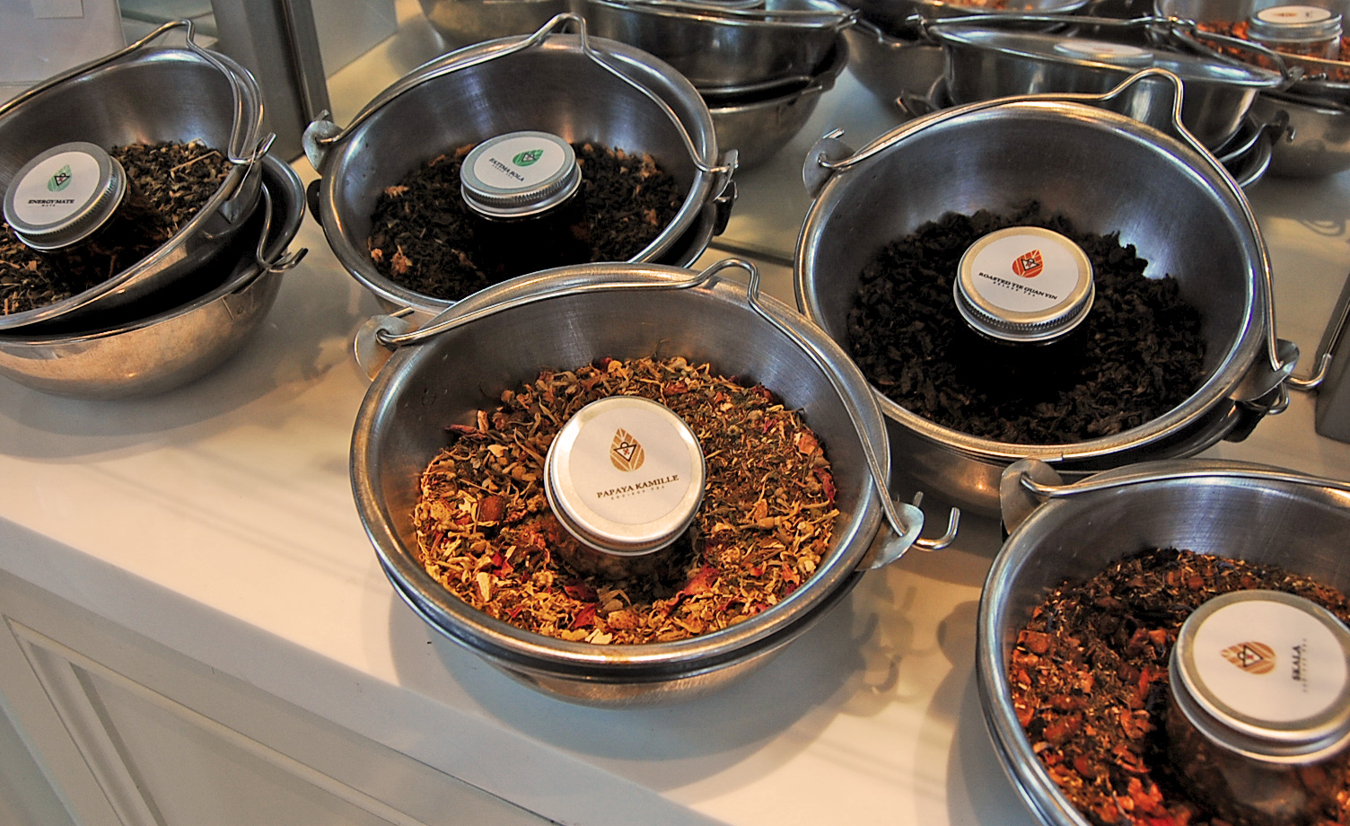 how to make invigorating tea in my cafe
