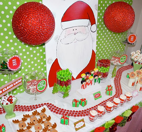 esta semana he encontrado una mesa de navidad que me ha encantado y aqui la comparto con vosotros esta mesa la ha hecho jennifer de parents playground nwa
