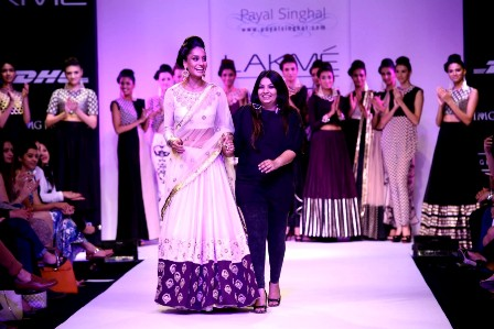 Lakme-Fashion-Week-32013