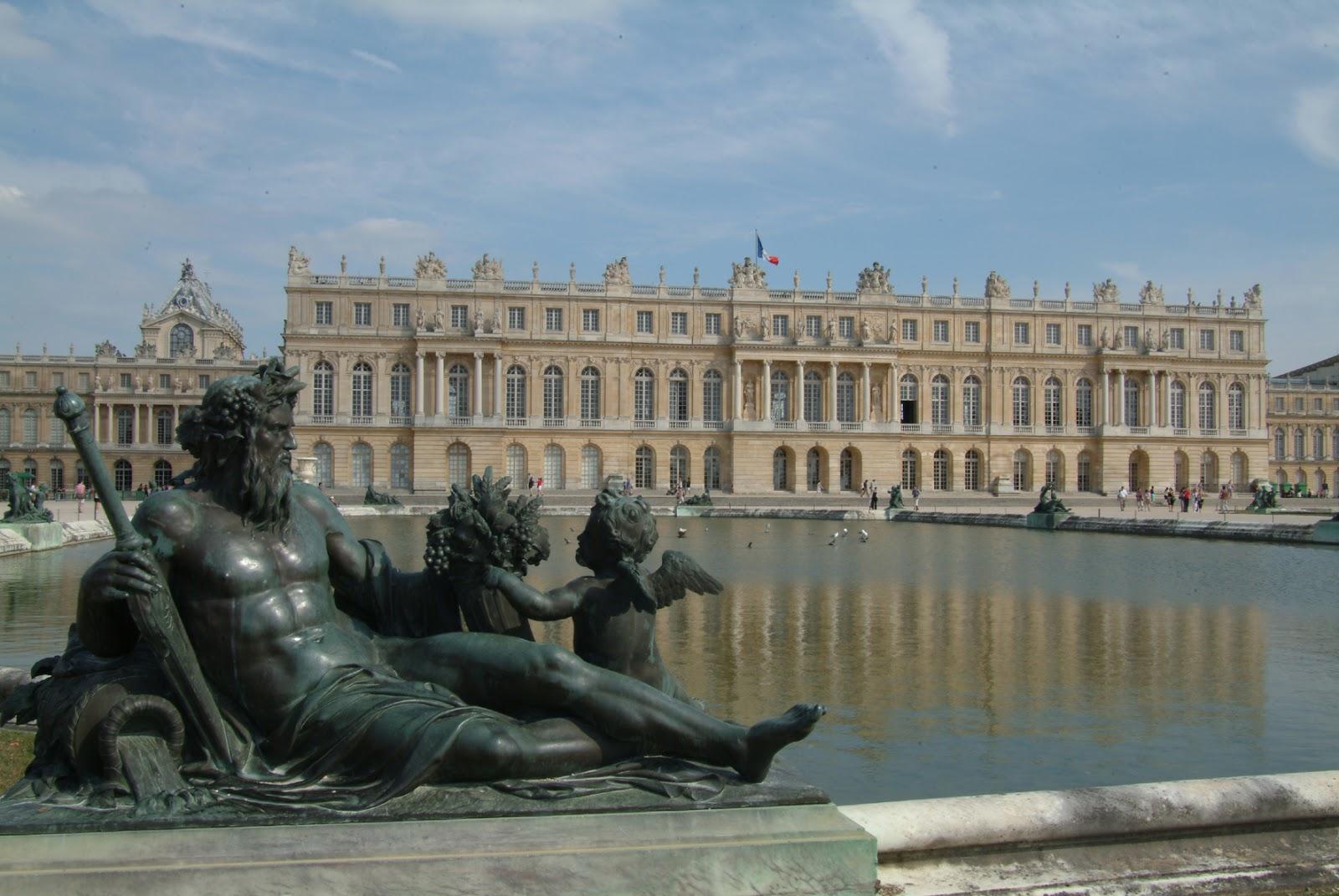 World beautifull places richest city of france versailles for Versailles paris