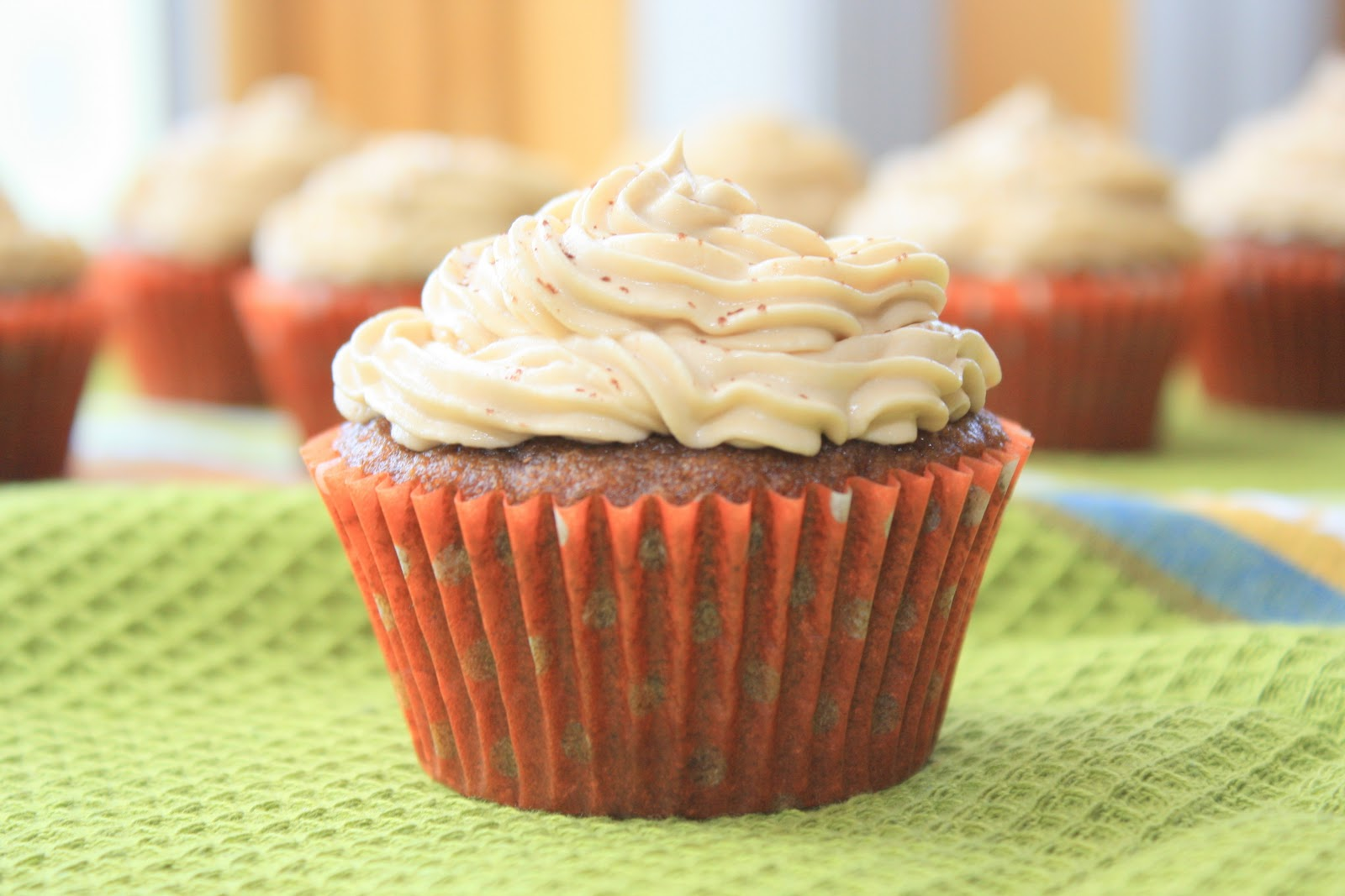 The Bitchin' Kitchin': Pumpkin Spice Latte Cupcakes with ...