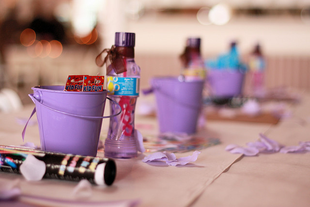 Kids wedding table ideas photograph for kids fun wed for Fun things for wedding receptions