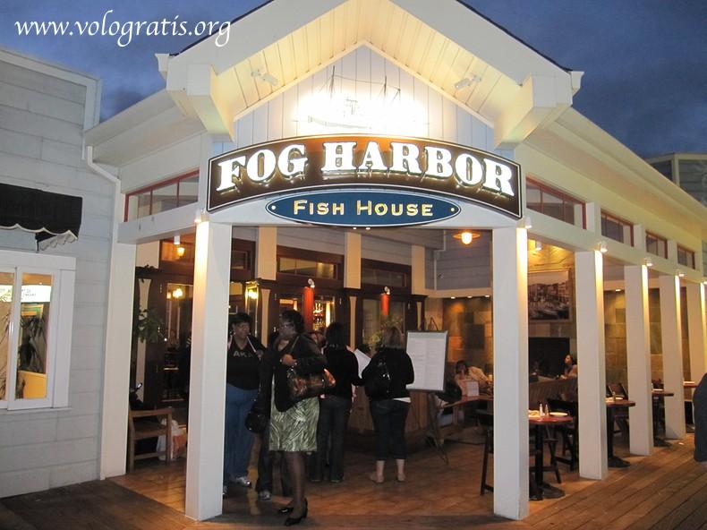 Fog harbor fish house house plan 2017 for Fog harbor fish house san francisco