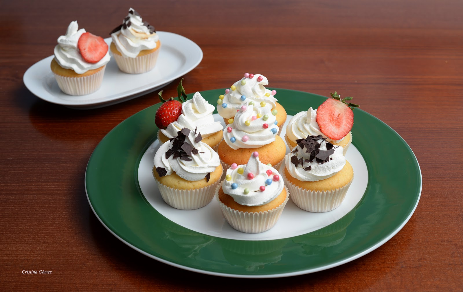 Mondays We Cook: My First Cupcakes