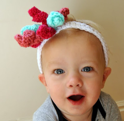 free crochet patterns: curlicue . . . and a crochet korker bow headband!