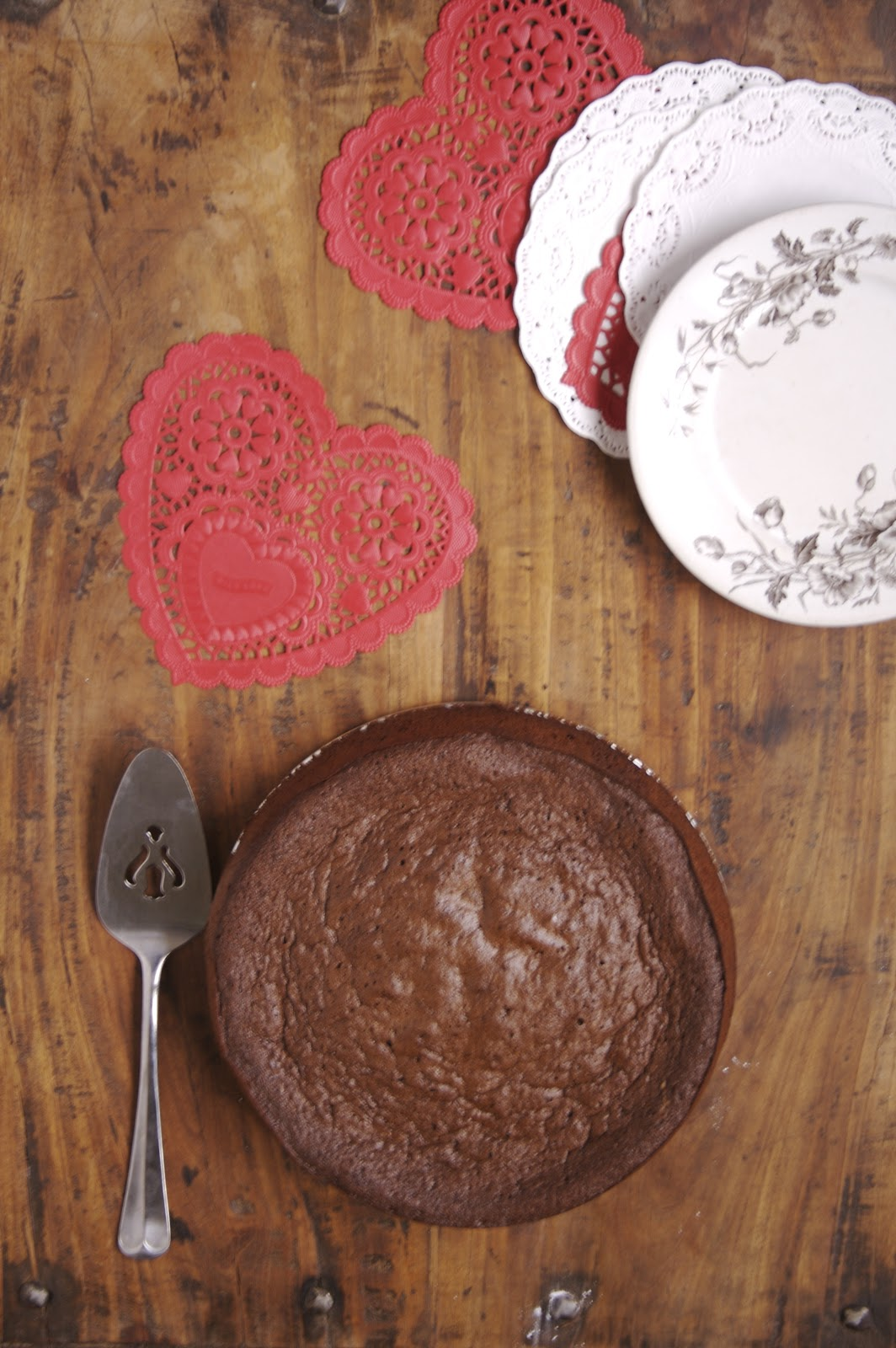 Flourless chocolate cake. A rich and fudgy dessert!